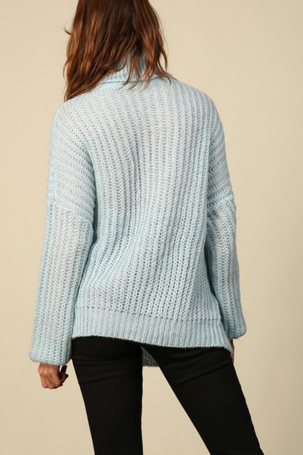 Line & Dot Bea Sweater - Side Cropped Image