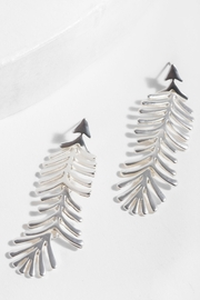 Saachi Linear Earring - Side cropped