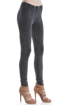 T Party Lined-Embossed Texture Leggings - Product List Image
