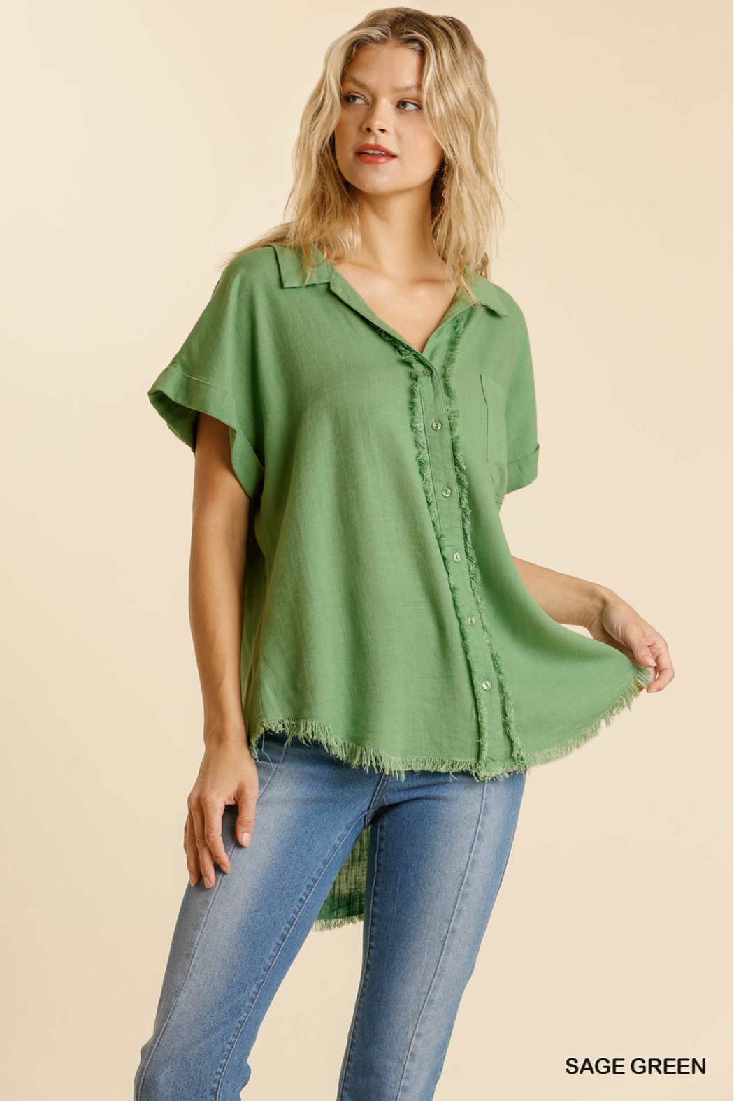 umgee  LINEN BLEND COLLARED BUTTON DOWN SHORT SLV - Front Full Image