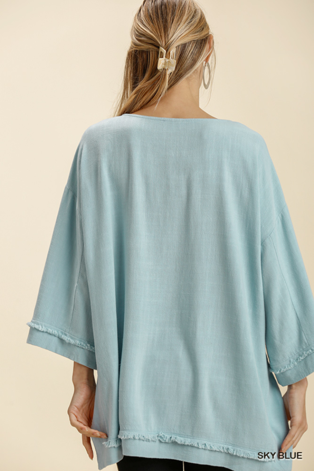 umgee  LINEN BLEND L/S FRAYED EDGE - Side Cropped Image