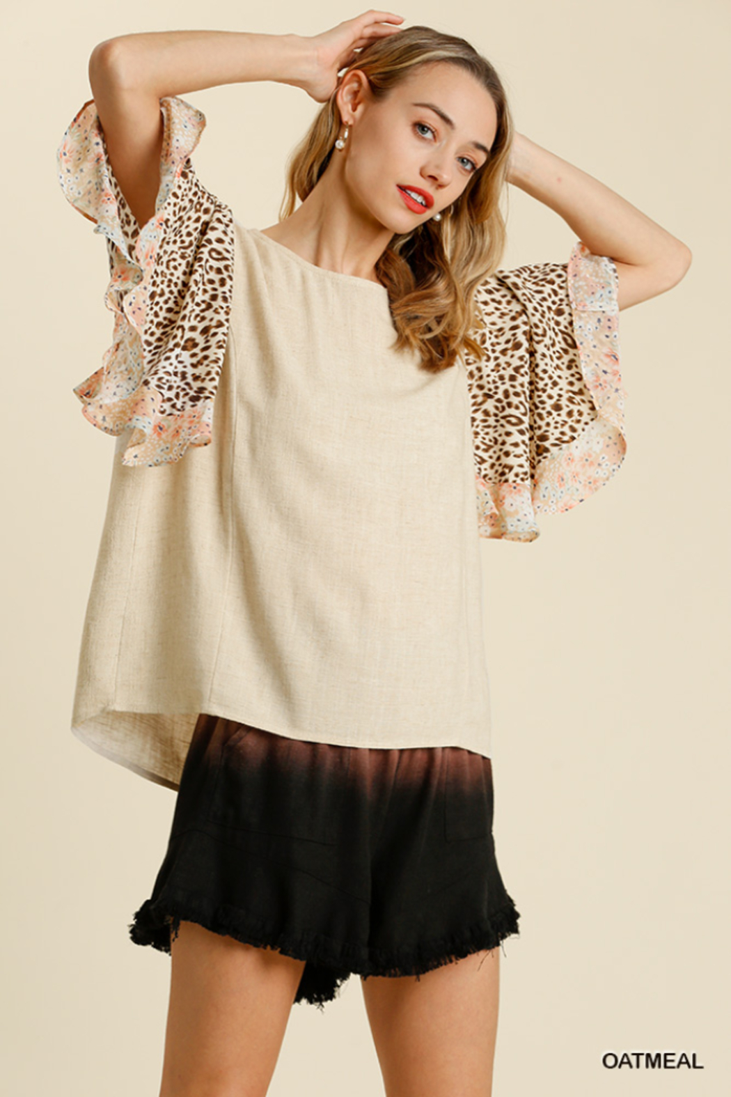 umgee  LINEN BLEND MIXED PRINT BUTTERFLY RUFFLE SLEEVE - Front Cropped Image