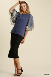 umgee  LINEN BLEND MIXED PRINT BUTTERFLY RUFFLE SLEEVE - Front cropped