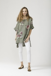 Miss Rose Sister Violet Linen Contessa Top - Front cropped