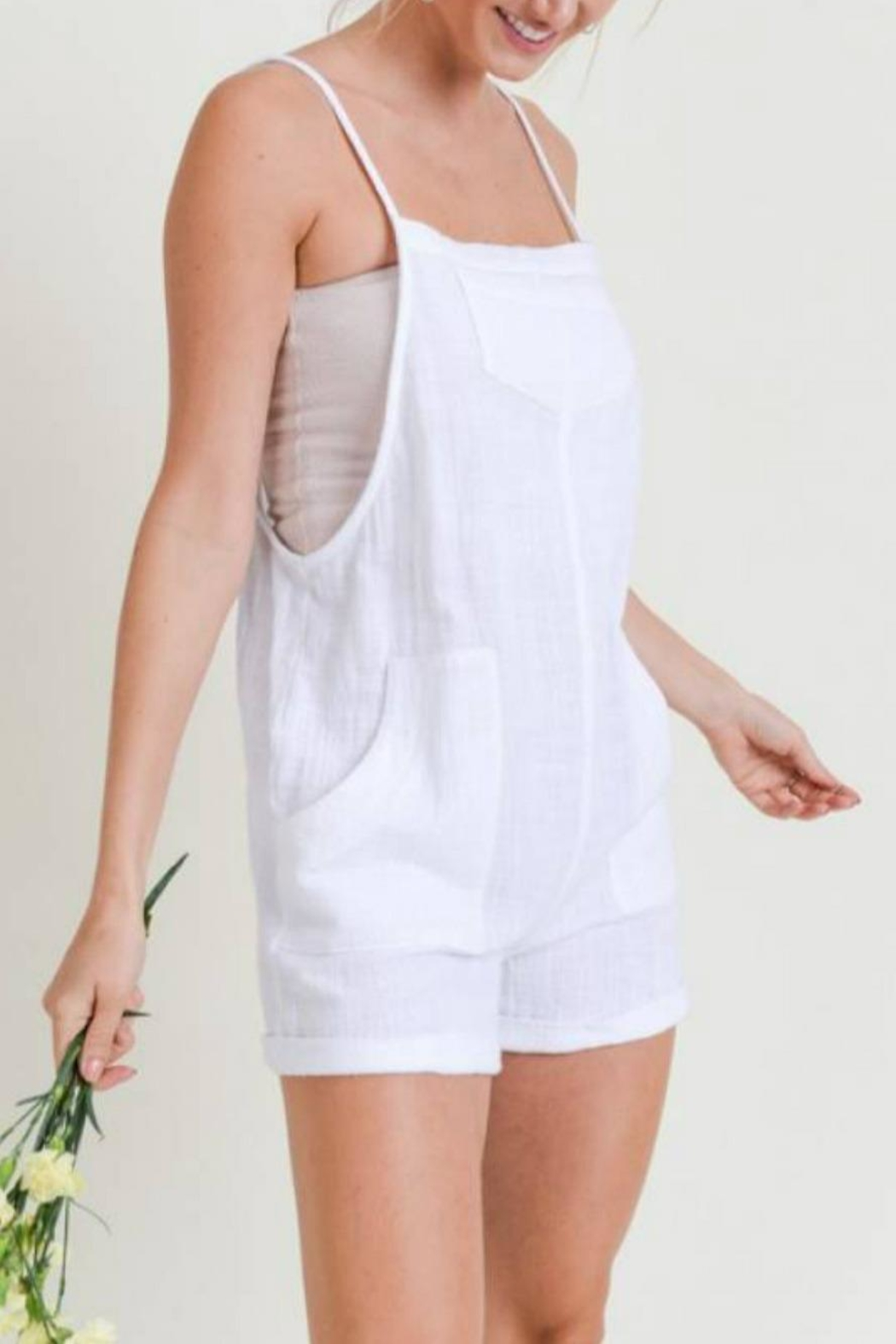 Doe & Rae Linen Overall Romper - Side Cropped Image