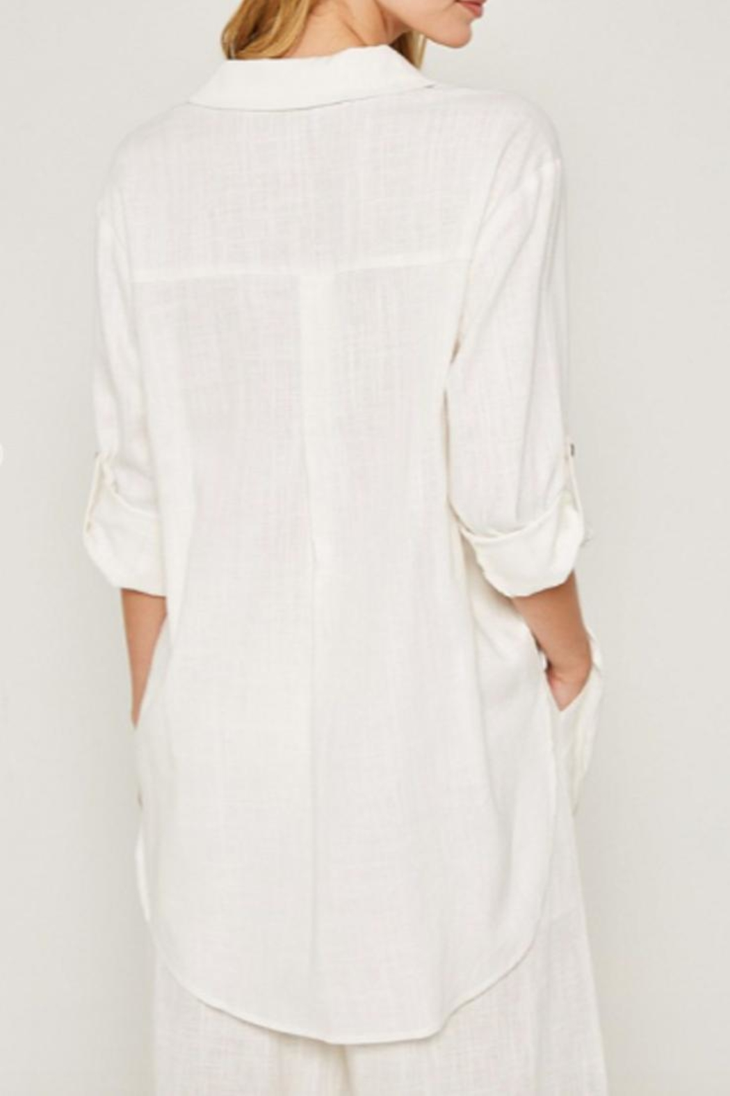 Hayden Los Angeles Linen-Pocket Tunic, Offwhite - Back Cropped Image