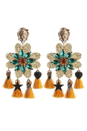 Madison Avenue Accessories Lioness Bold Earring - Front cropped