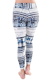 Liquido Active Pixel Wild Legging - Side cropped