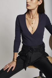 Lisa Says Gah Lucille Top Navy - Front cropped