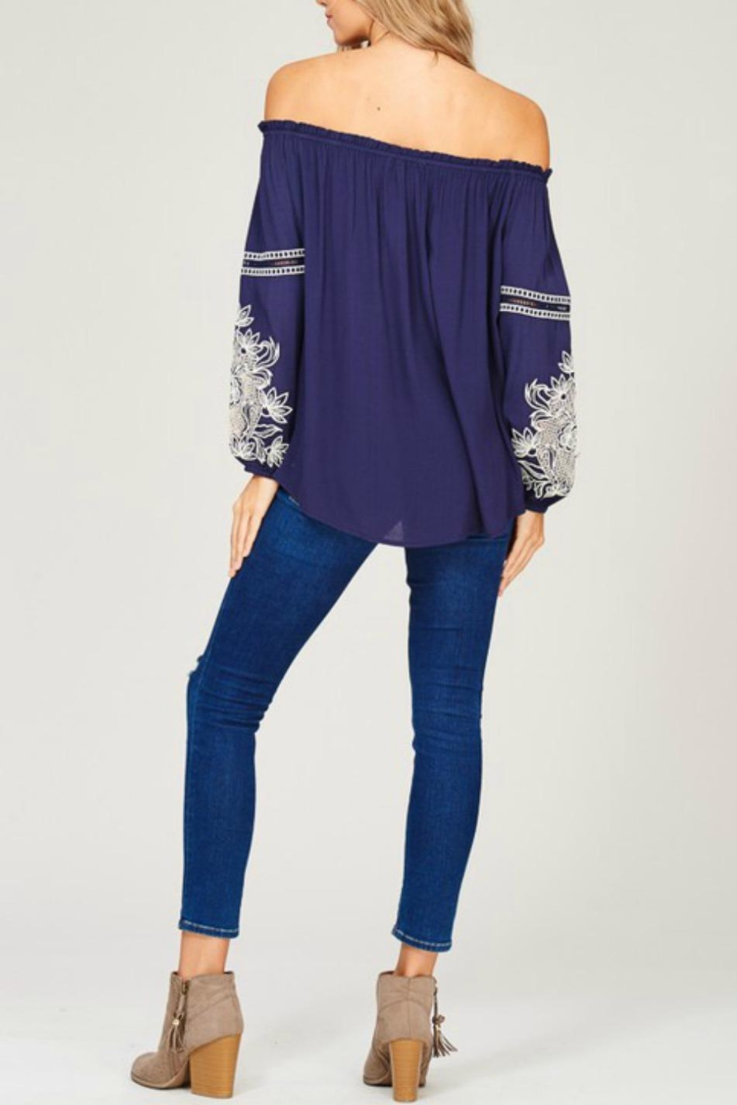 Listicle Embroidered Off-Shoulder Top - Side Cropped Image