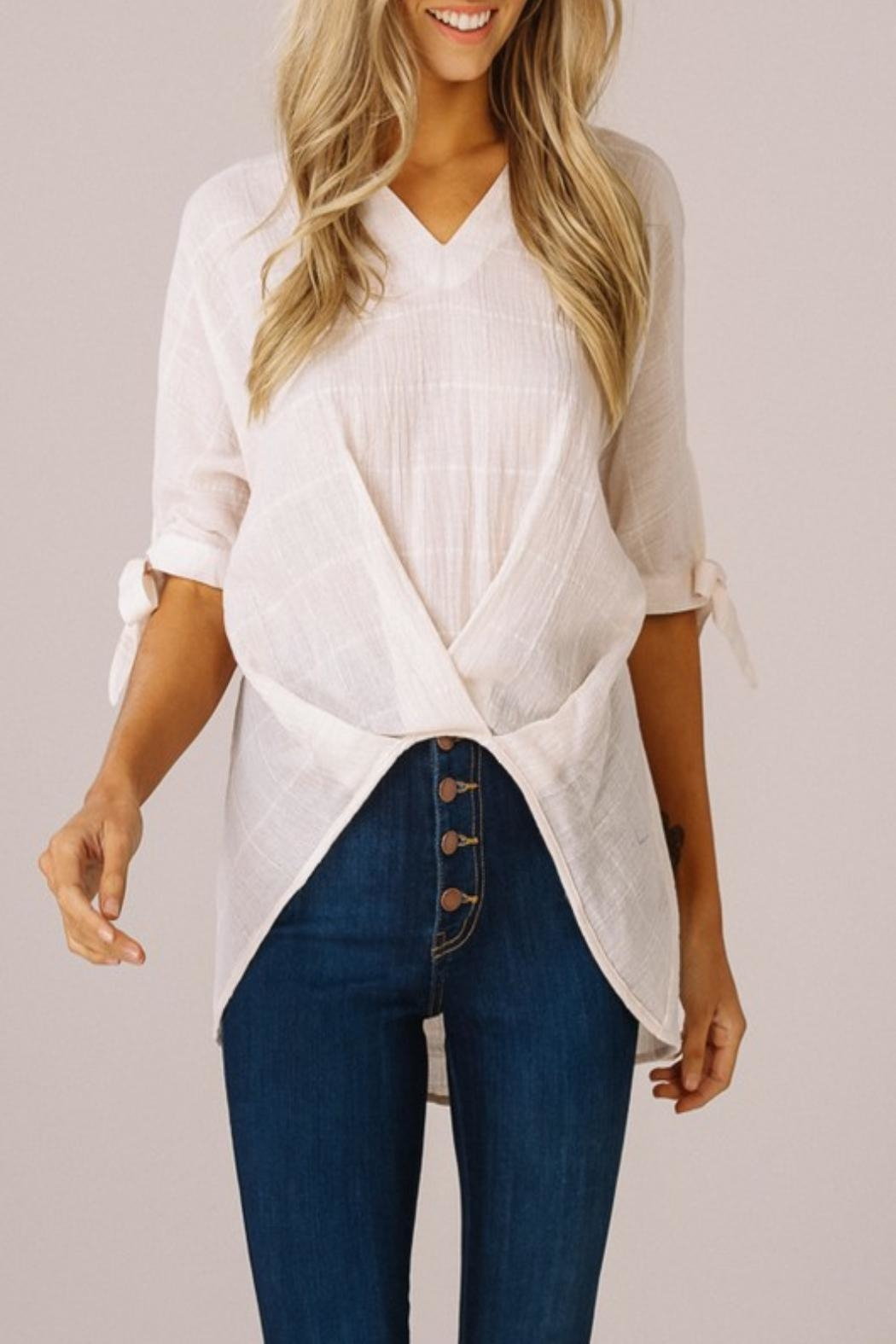 Listicle High-Low V-Neck Top - Main Image
