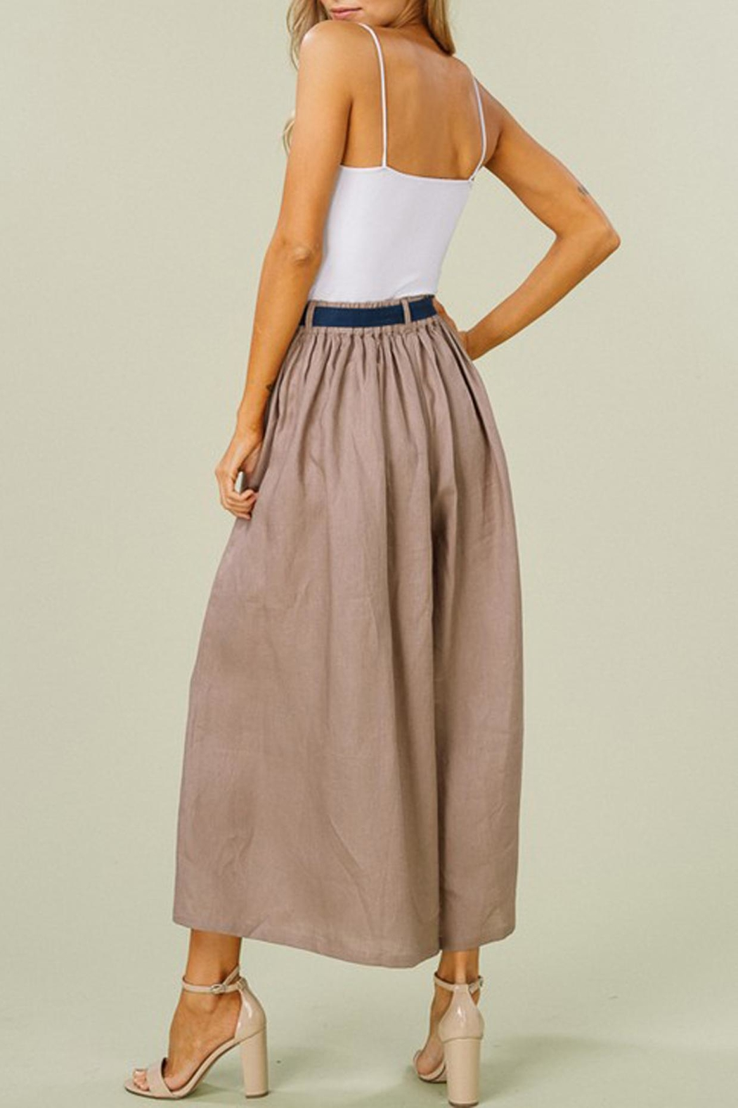 Listicle Linen Wide-Leg Culottes - Back Cropped Image