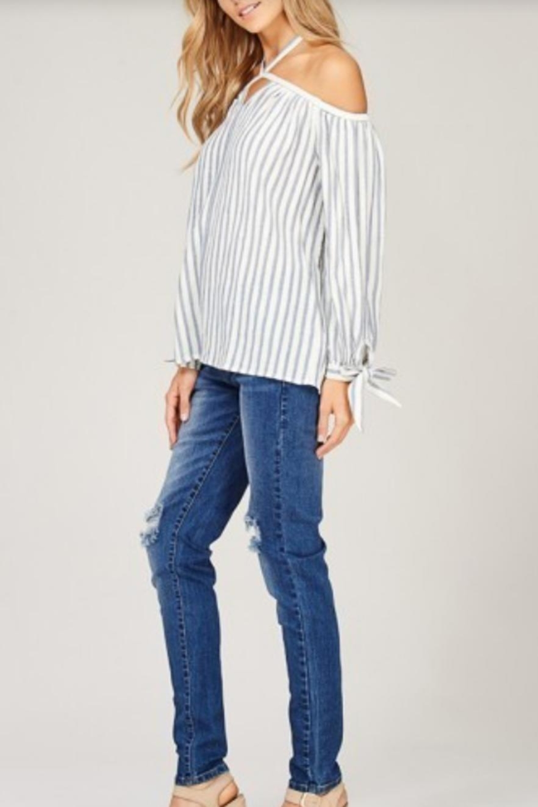 Listicle Open Shoulder Top - Side Cropped Image