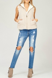 Listicle Reversible Vest - Front cropped