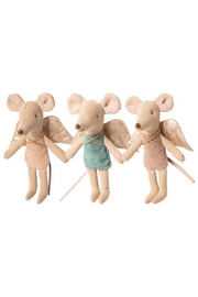 Maileg Little Sister/Little Brother Fairy Mouse - Front cropped