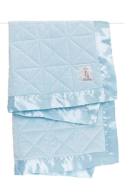 LITTLE GIRAFFE Blue Quilted Blanket - Front cropped