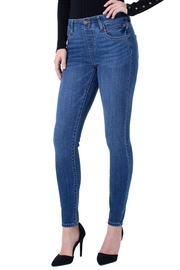 Liverpool Jean Company Pull-On Skinny Jeans - Product Mini Image