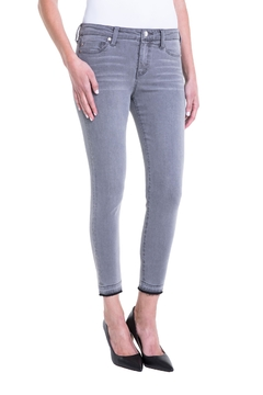 Shoptiques Product: Avery Crop Release