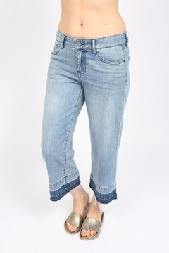Liverpool Jeans Company Wide-Leg Cropped Jean - Alternate List Image