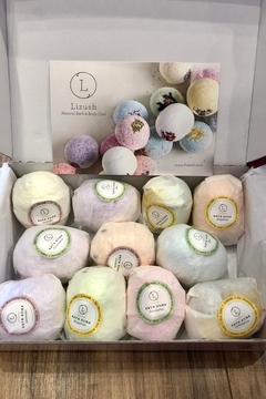 Liz Lush Natural Bath Bombs Gift Set - Product List Image