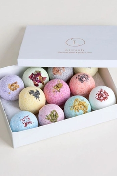Liz Lush Natural Bath Bombs Gift Set - Alternate List Image