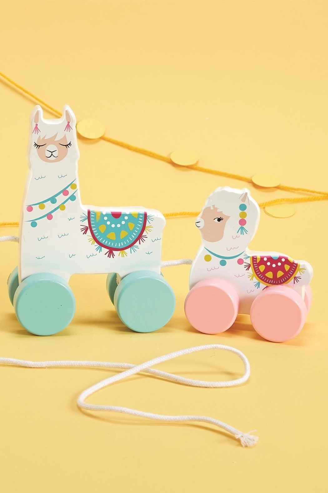 The Birds Nest LLAMA WALKING PULL TOY - Main Image