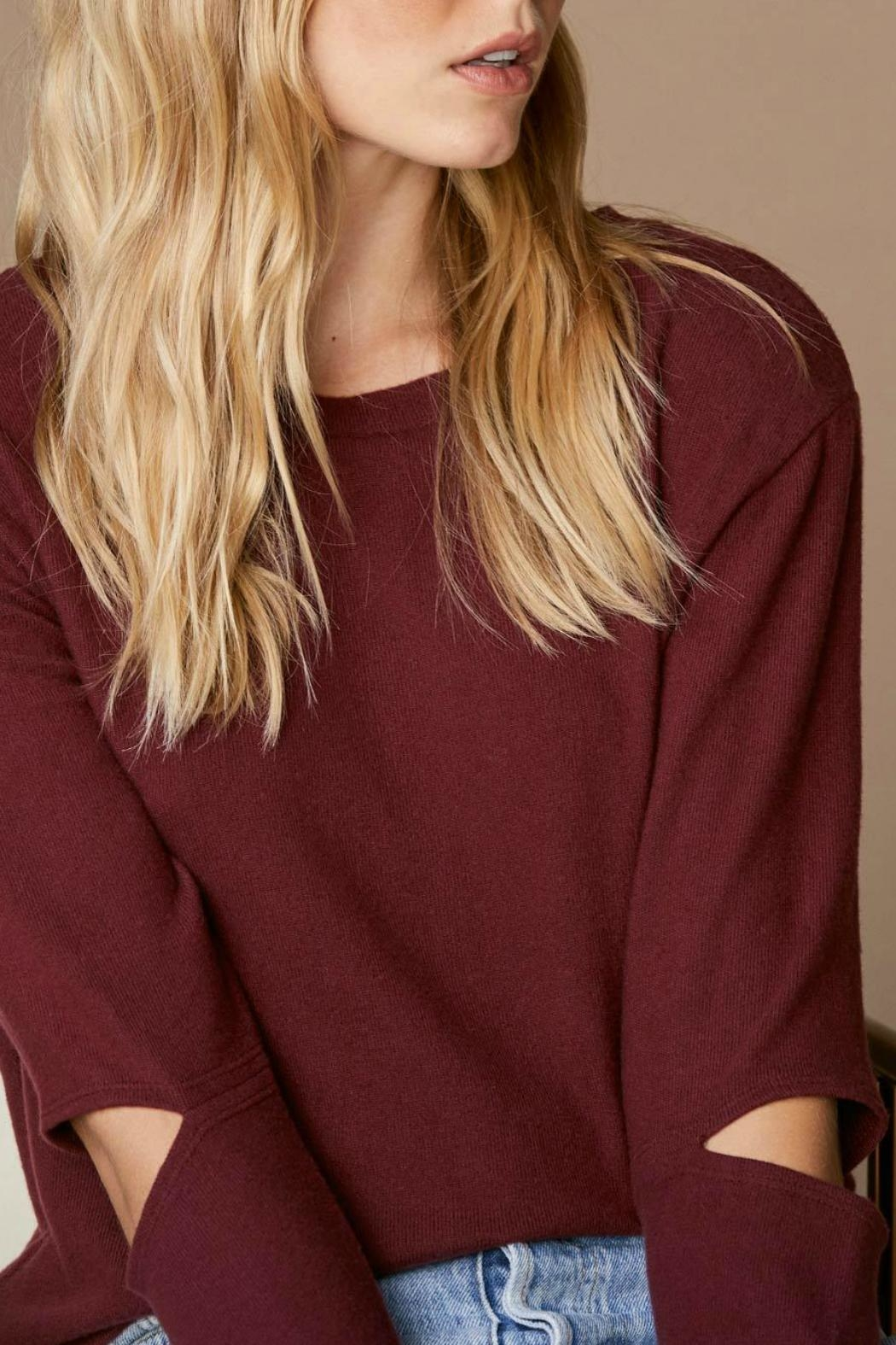 LNA Brushed Odeon Sweater - Side Cropped Image