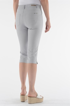 Lois Jeans Alexane Grey Capri - Alternate List Image