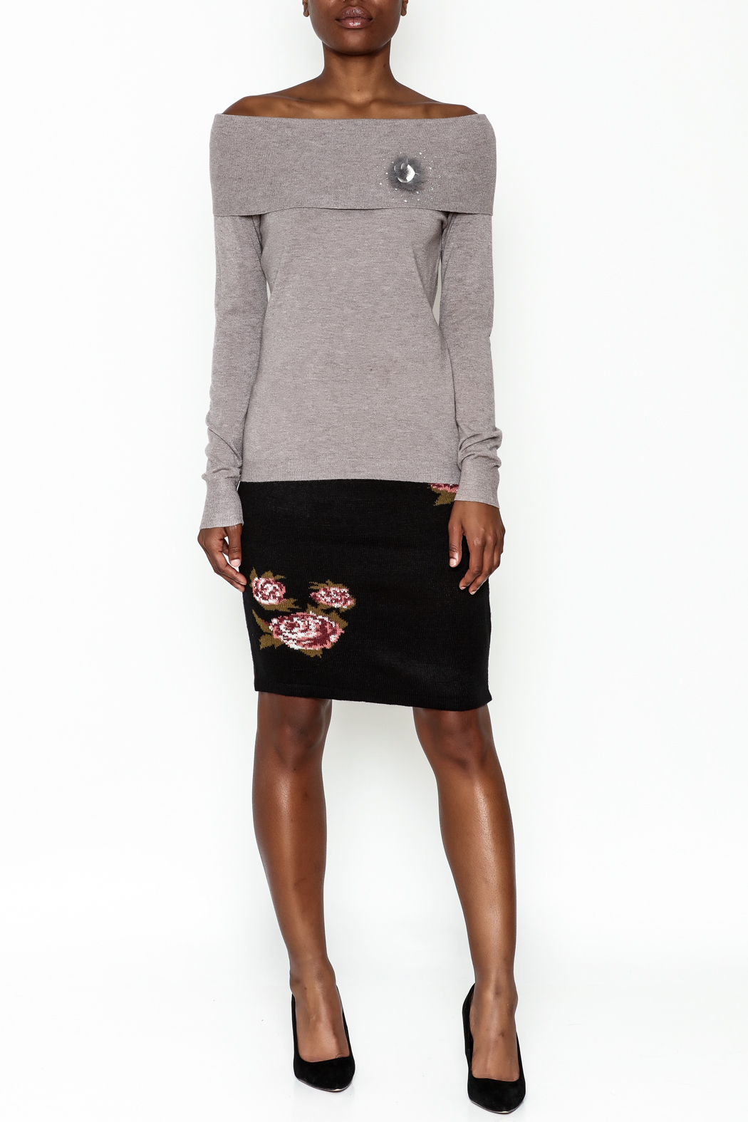 Lola Pin Detail Shoulder Sweater - Side Cropped Image