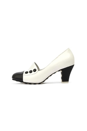 Lola Ramona Ava Elegance Pumps - Front full body