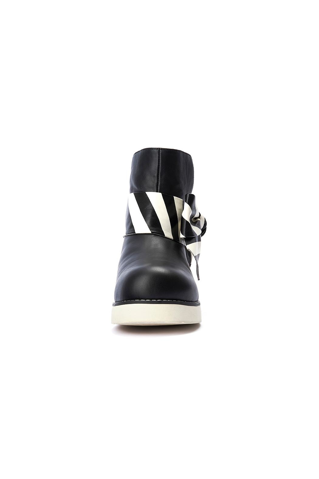 Lola Ramona Peggy Relax Boots - Side Cropped Image