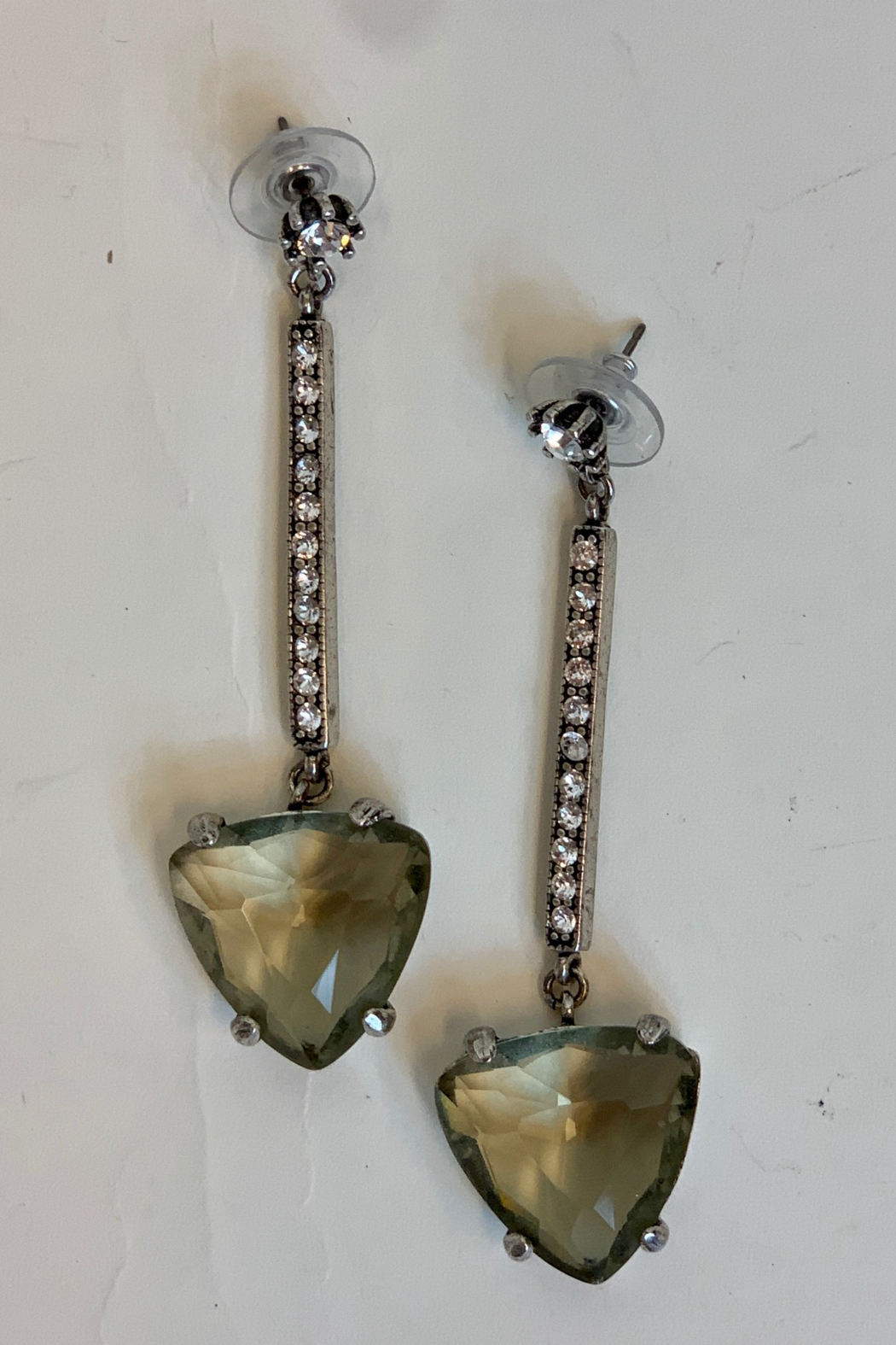 Dominique LONG EARRING. - Front Cropped Image