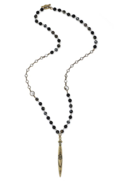 French Kande Long necklace with onyx and hematite mix and pointu pendant - Alternate List Image