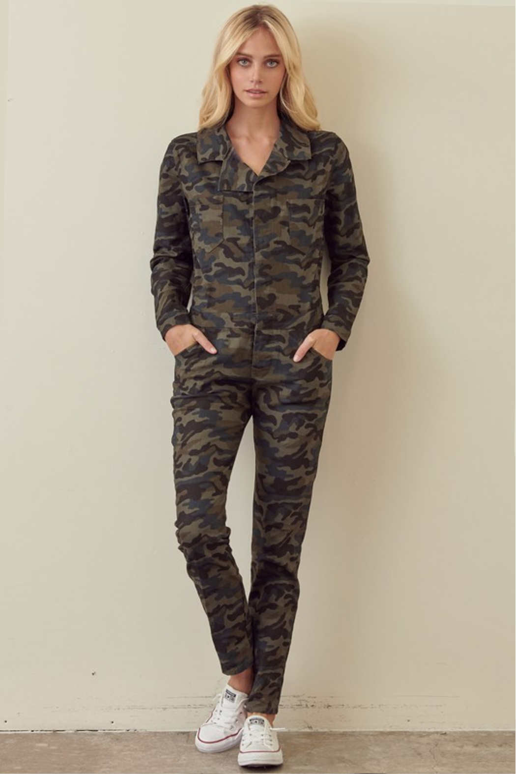 storia Long Sleeve Camo Jumpsuit - Side Cropped Image