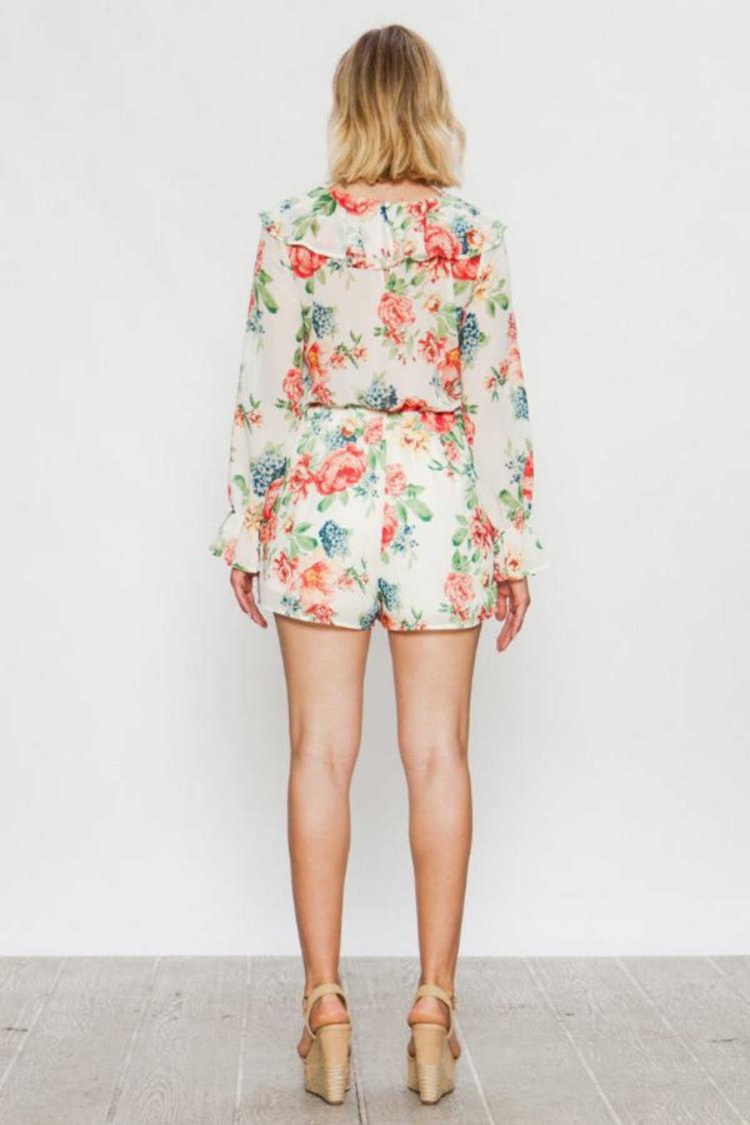 Flying Tomato Long-Sleeve Floral Romper - Side Cropped Image