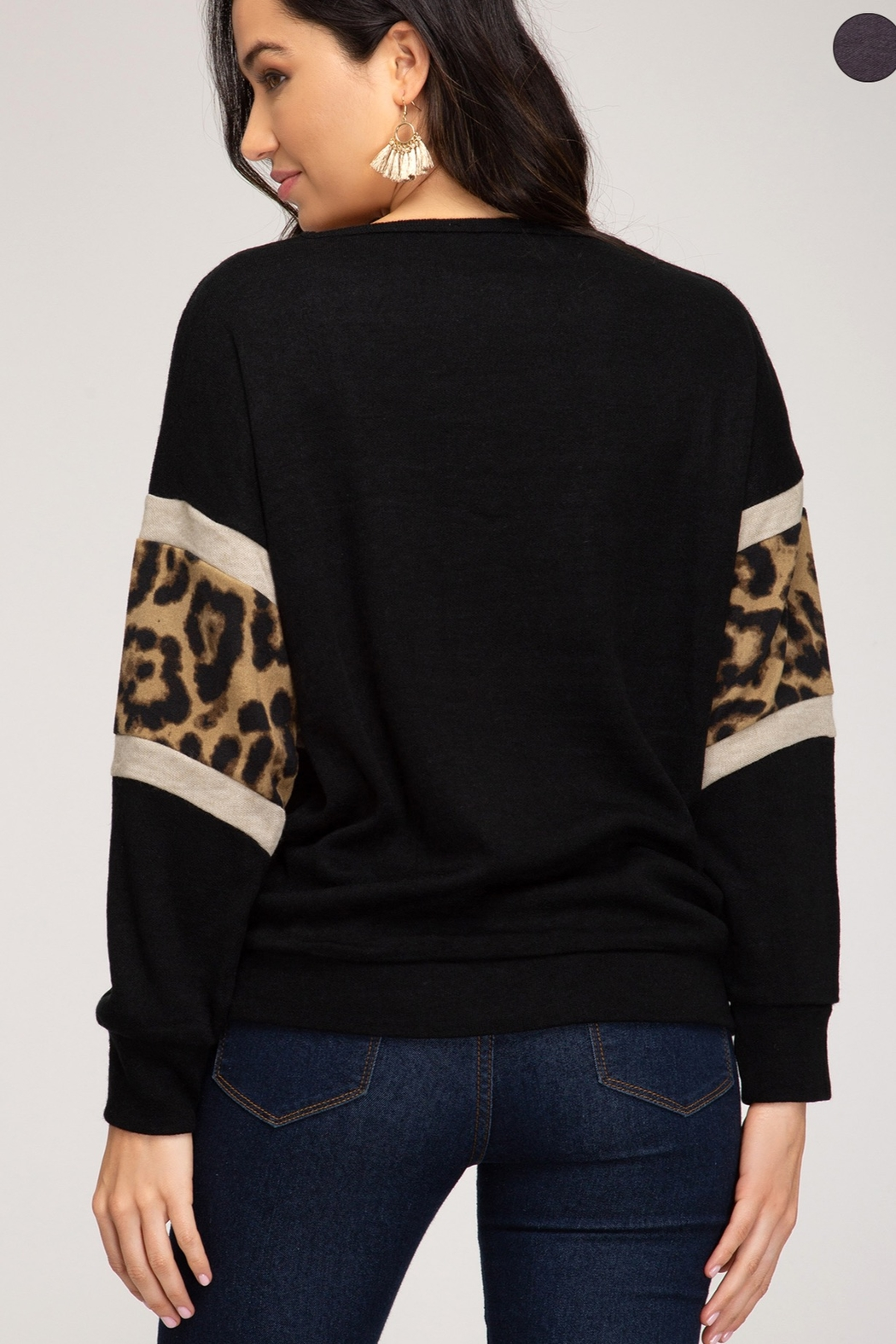She and Sky LONG SLEEVE KNIT TOP WITH ANIMAL PRINT CONTRAST - Front Full Image