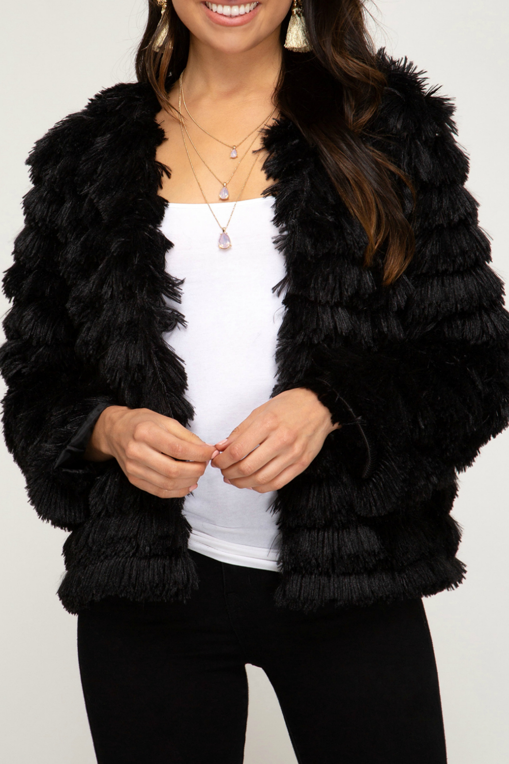 She+Sky LONG SLEEVE LAYERED FAUX FUR JACKET - Front Cropped Image