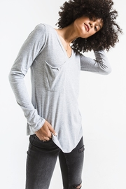 z supply Long Sleeve Pocket Tee - Front cropped