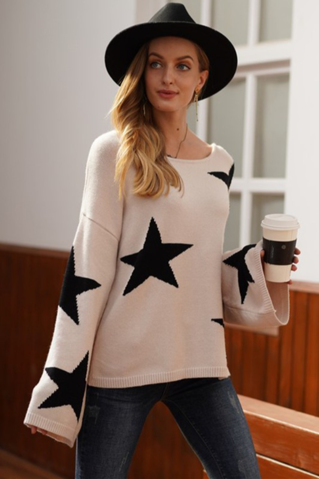 lily clothing Long Sleeve Star Printed Sweater - Front Full Image