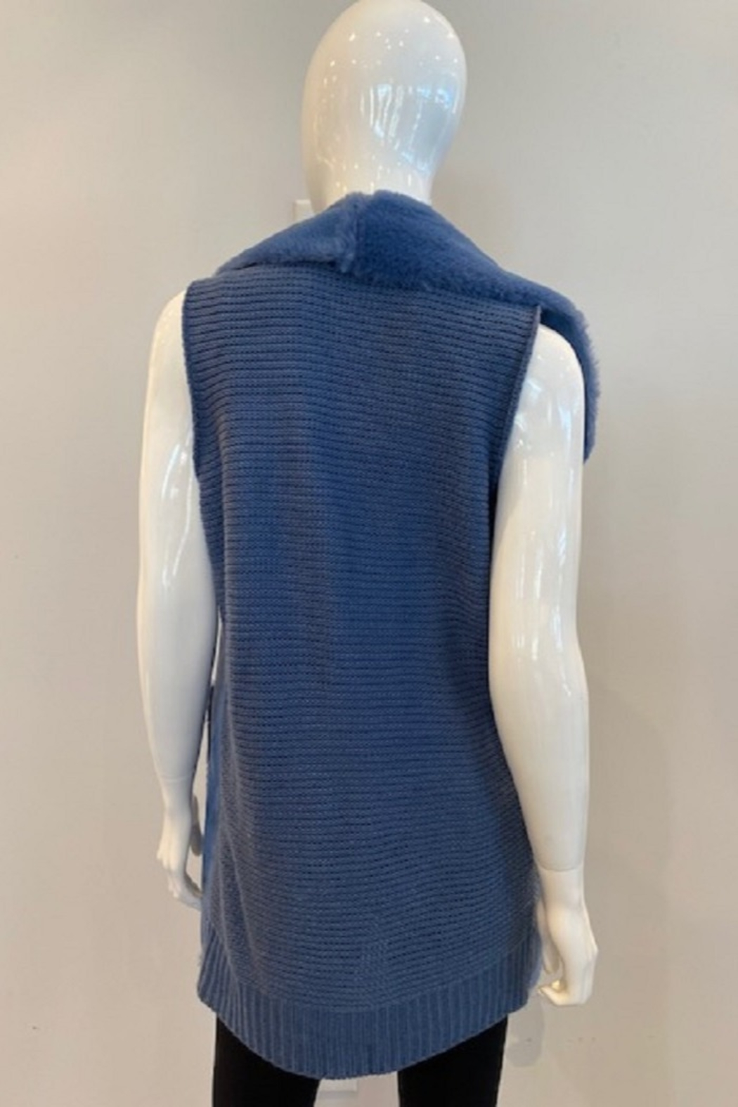 Katherine Barclay Long Vest - Side Cropped Image