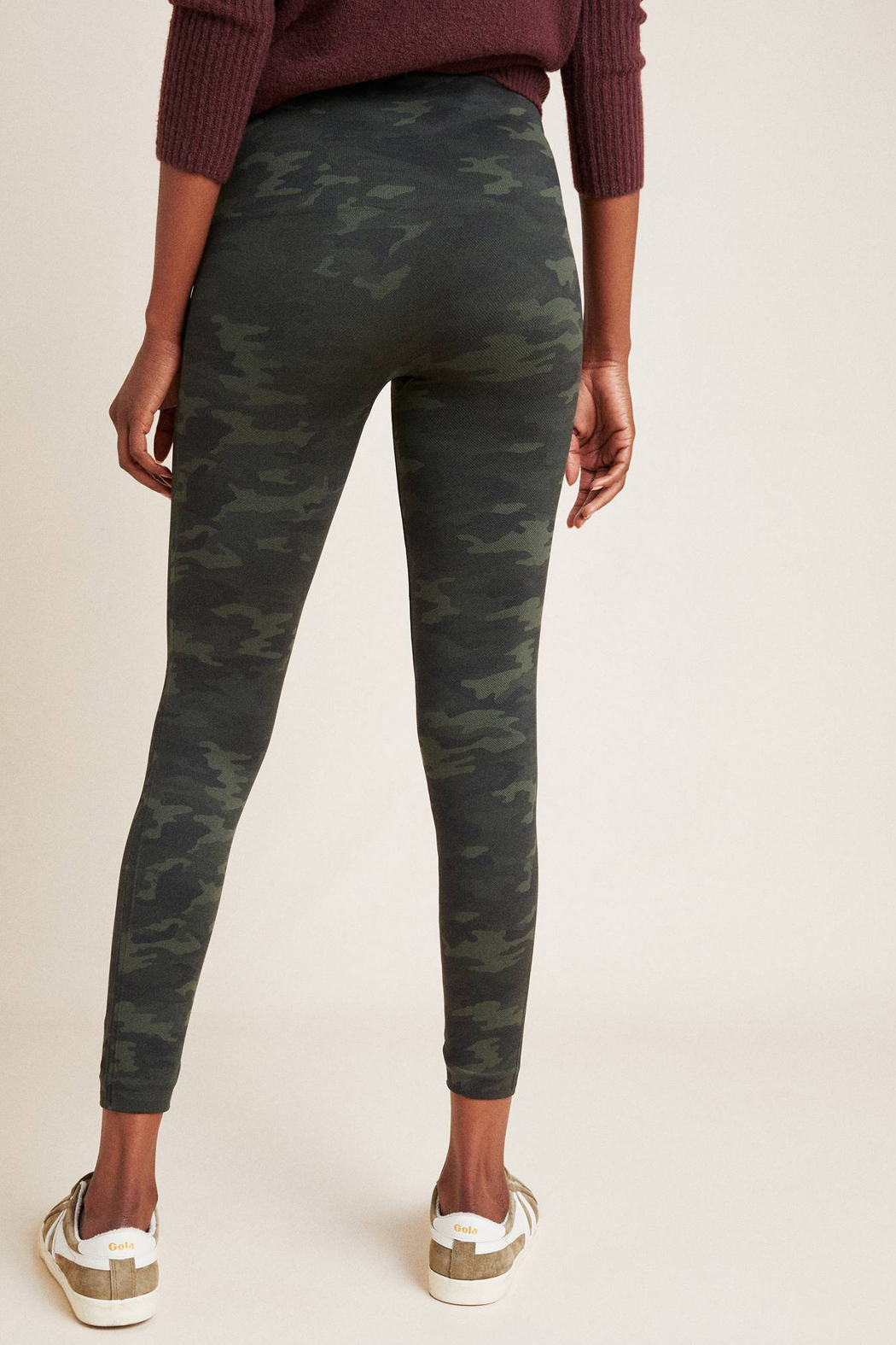 Spanx Look At Me Now Seamless Camo Leggings - Side Cropped Image