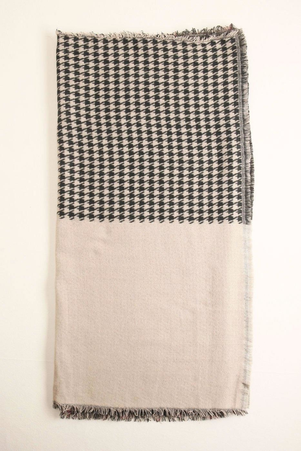 Look by M Houndstooth-Checkered Scarf - Front Full Image