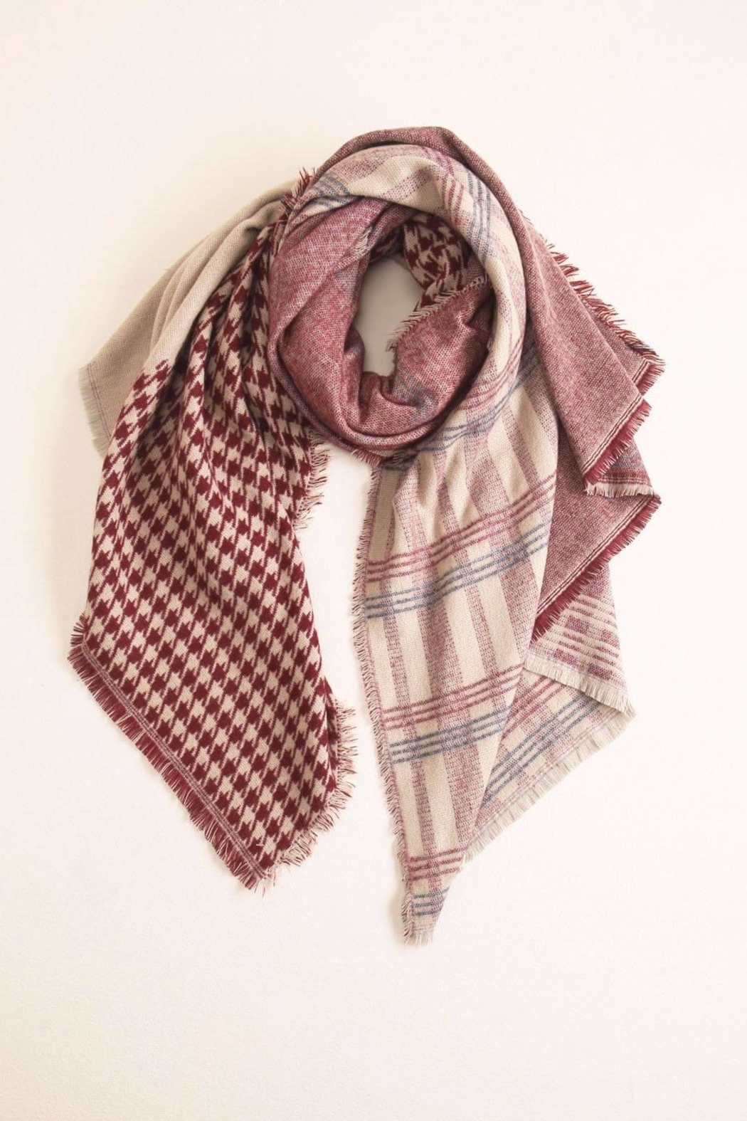 Look by M Houndstooth-Checkered Scarf - Front Cropped Image