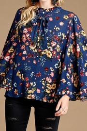 Oddy Loose Floral Blouse - Product Mini Image