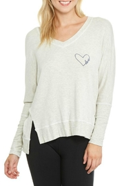 Good hYouman Love In Heart - Front cropped