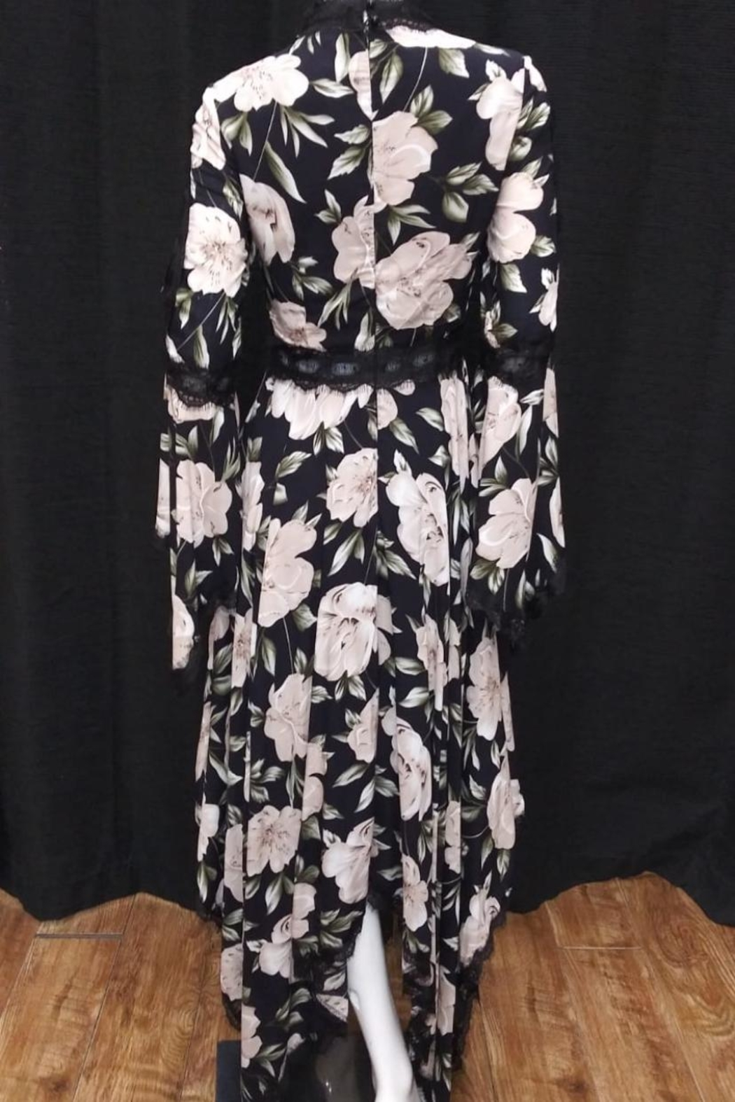Love Harmony Lace-Trim Floral Dress - Front Full Image