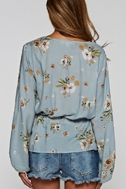 Love Stitch Blue Floral Top - Side cropped