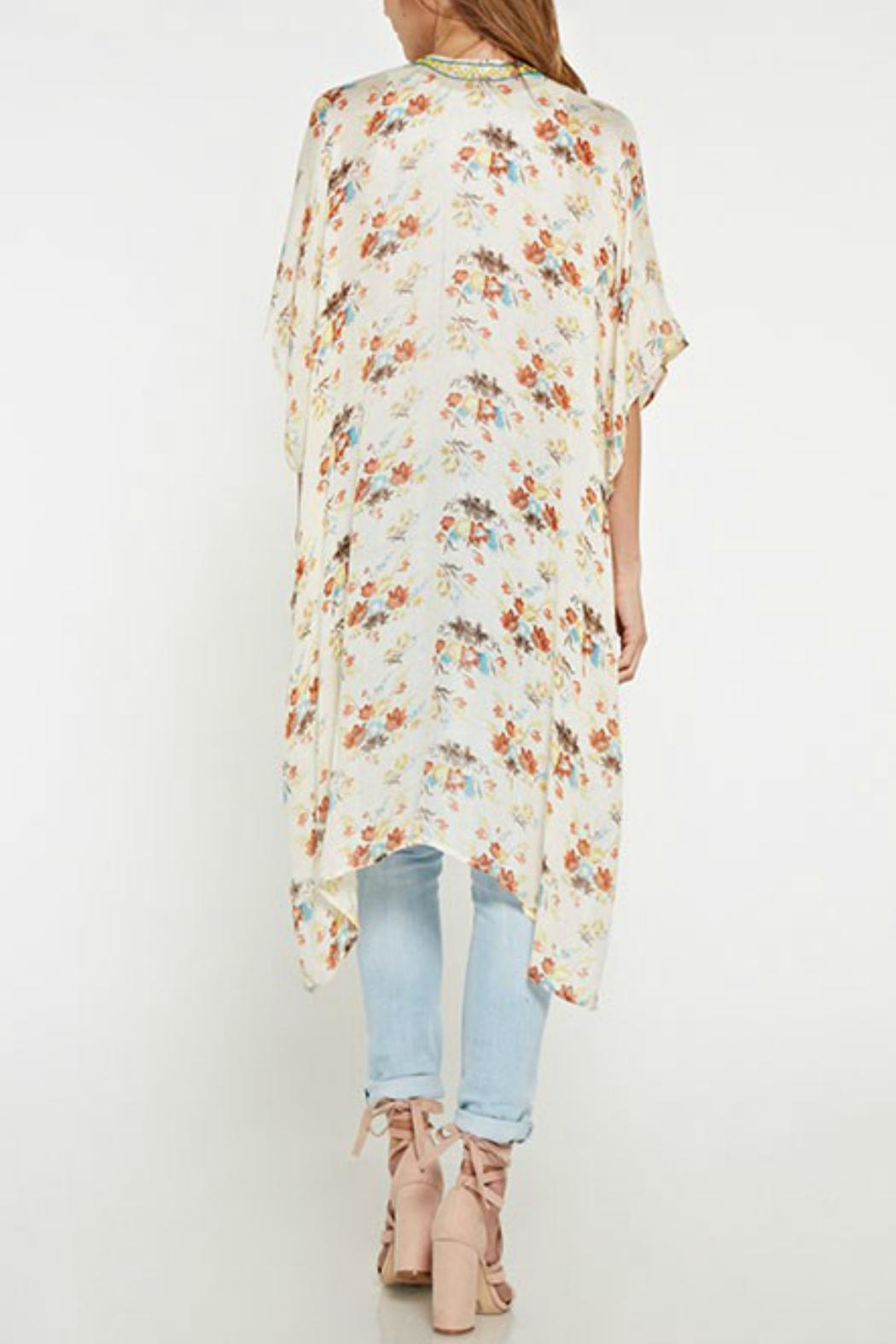 Love Stitch Vintage Floral Kimono - Front Full Image