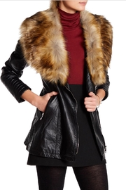 love token Faux Fur Trim - Front cropped