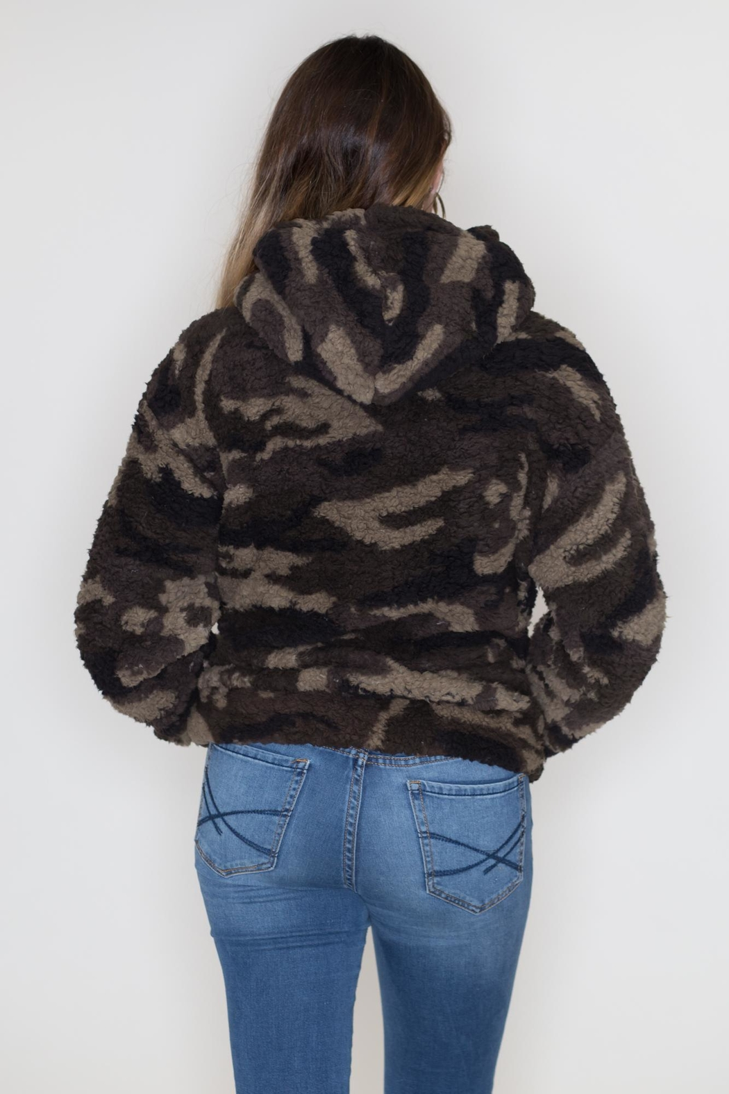Love Tree Camo Sherpa Hoodie - Side Cropped Image